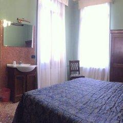 Hotel Pensione Guerrato Стандартный номер с двуспальной кроватью (общая ванная комната) фото 12