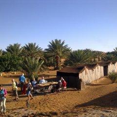 Отель Auberge Sahara Garden Марокко, Мерзуга - отзывы, цены и фото номеров - забронировать отель Auberge Sahara Garden онлайн пляж