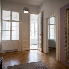 Отель Exclusive Apartment Rathaus Австрия, Вена - отзывы, цены и фото номеров - забронировать отель Exclusive Apartment Rathaus онлайн интерьер отеля
