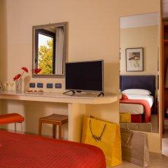 Отель Best Western Blu Hotel Roma Италия, Рим - отзывы, цены и фото номеров - забронировать отель Best Western Blu Hotel Roma онлайн удобства в номере фото 2