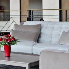 Отель Grand Mogador CITY CENTER - Casablanca Марокко, Касабланка - отзывы, цены и фото номеров - забронировать отель Grand Mogador CITY CENTER - Casablanca онлайн балкон