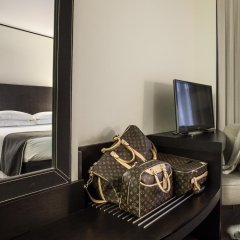Отель Ponte Vecchio Suites & Spa 4* Улучшенный номер с различными типами кроватей фото 5