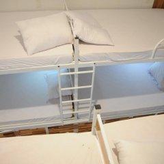 Отель Hoang Nga Guest House 2* Кровать в общем номере с двухъярусной кроватью фото 12
