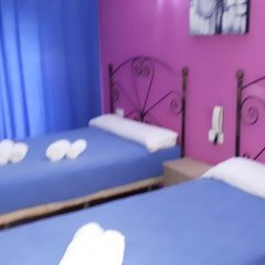 Отель Hostal Nevot Стандартный номер с различными типами кроватей фото 14