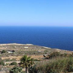 Отель Hal Saghtrija Мальта, Зеббудж - отзывы, цены и фото номеров - забронировать отель Hal Saghtrija онлайн пляж фото 2