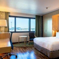 Отель Hilton Helsinki Airport 4* Стандартный номер с двуспальной кроватью