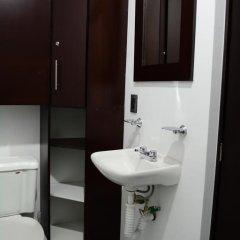 Отель Hostal Be Condesa Кровать в общем номере фото 11