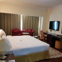 Отель Al Jawhara Metro Дубай комната для гостей фото 5