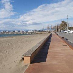 Отель Agi Sant Antoni Испания, Курорт Росес - отзывы, цены и фото номеров - забронировать отель Agi Sant Antoni онлайн пляж