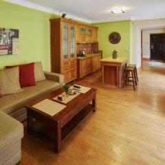 Гостиница LvivHouse - Rynok Square appartment комната для гостей фото 3