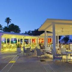 Отель The Golden Coast Beach Протарас гостиничный бар