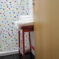 Отель Hostal Athenas Стандартный номер с различными типами кроватей фото 15