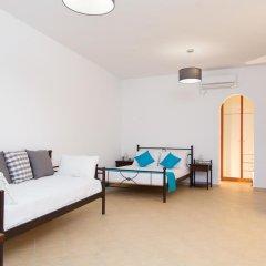 Отель Aelia Suites Греция, Остров Санторини - отзывы, цены и фото номеров - забронировать отель Aelia Suites онлайн комната для гостей фото 5