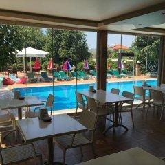 Green Peace Hotel Турция, Олудениз - 1 отзыв об отеле, цены и фото номеров - забронировать отель Green Peace Hotel онлайн бассейн фото 3