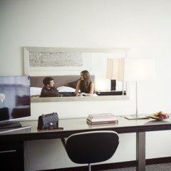 Отель LOWRY Номер Делюкс фото 13