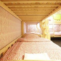 Tiger Lily Hostel Кровать в общем номере
