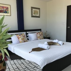 Отель But Different Phuket Guesthouse 3* Улучшенный номер с различными типами кроватей фото 3