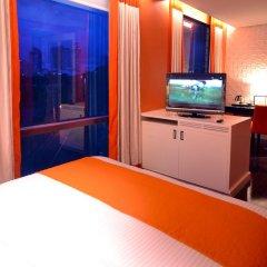 Отель The Bayleaf Intramuros 3* Номер Премьер с двуспальной кроватью