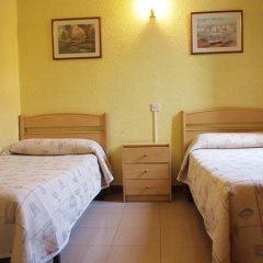 Отель Hostal Delfos Стандартный номер с двуспальной кроватью фото 5