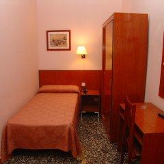 Отель Cuatro Naciones 2* Стандартный номер с различными типами кроватей фото 4