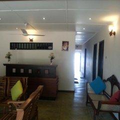 Отель Thiranagama Beach Hotel Шри-Ланка, Хиккадува - отзывы, цены и фото номеров - забронировать отель Thiranagama Beach Hotel онлайн в номере