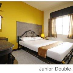 Отель Rambuttri Village Inn & Plaza 3* Стандартный номер с двуспальной кроватью