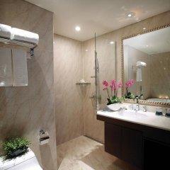 Ramada Hotel and Suites Seoul Namdaemun 4* Стандартный семейный номер с двуспальной кроватью