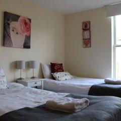 Отель Blackfriars Apartment Великобритания, Эдинбург - отзывы, цены и фото номеров - забронировать отель Blackfriars Apartment онлайн комната для гостей фото 5