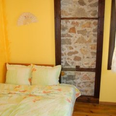 Отель Guest House The Jolly House Чепеларе комната для гостей фото 5