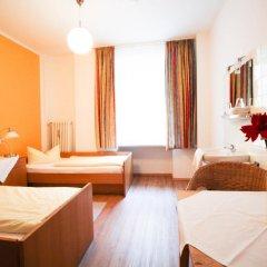 Отель Pension/Guesthouse am Hauptbahnhof Стандартный номер с двуспальной кроватью (общая ванная комната) фото 10