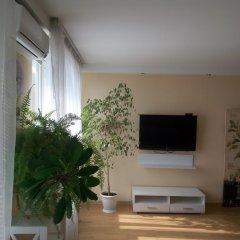 Апартаменты Apartment Red and White Студия с различными типами кроватей фото 20