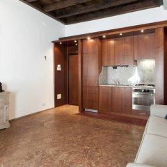 Апартаменты Mila Smart Lux Magenta Apartment Милан в номере