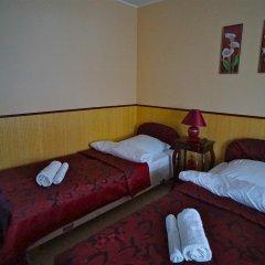 Гостевой дом Helen's Home Стандартный номер с двуспальной кроватью (общая ванная комната) фото 2