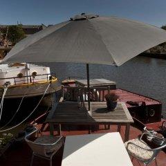 Отель Noah's houseboat Amsterdam Нидерланды, Амстердам - отзывы, цены и фото номеров - забронировать отель Noah's houseboat Amsterdam онлайн приотельная территория