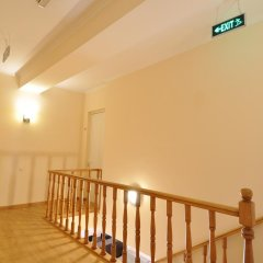 Отель Albert House Hotel Армения, Ереван - 1 отзыв об отеле, цены и фото номеров - забронировать отель Albert House Hotel онлайн интерьер отеля фото 2