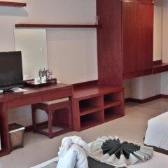 Malin Patong Hotel 3* Улучшенный номер двуспальная кровать фото 2