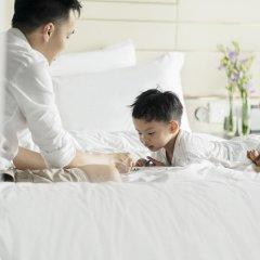 Four Seasons Hotel Singapore 5* Номер Делюкс с двуспальной кроватью фото 2