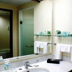 Отель Bayview Beach Resort Малайзия, Пенанг - 6 отзывов об отеле, цены и фото номеров - забронировать отель Bayview Beach Resort онлайн ванная фото 2