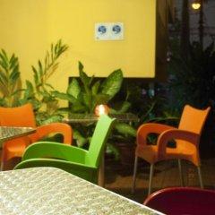 Отель Guacamaya Inn B&B Сан-Педро-Сула интерьер отеля