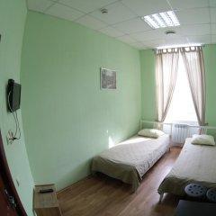 Бугров Хостел Стандартный номер с 2 отдельными кроватями фото 7
