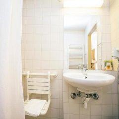 Отель Jufa Salzburg City Зальцбург ванная фото 2