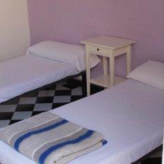 Hostel New York Стандартный номер с 2 отдельными кроватями (общая ванная комната) фото 4