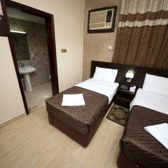 Grand Sina Hotel Стандартный семейный номер с различными типами кроватей