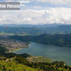 Отель Fine Pokhara Непал, Покхара - отзывы, цены и фото номеров - забронировать отель Fine Pokhara онлайн приотельная территория фото 2