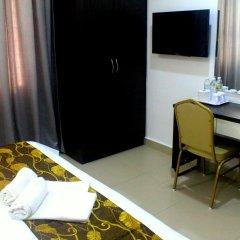 D'Metro Hotel 3* Улучшенный номер с различными типами кроватей фото 4