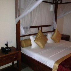 Отель Warahena Beach Hotel Шри-Ланка, Бентота - отзывы, цены и фото номеров - забронировать отель Warahena Beach Hotel онлайн комната для гостей фото 2