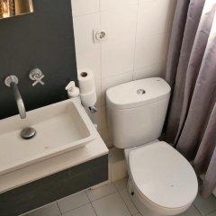 Отель Giralt Apartment Испания, Барселона - отзывы, цены и фото номеров - забронировать отель Giralt Apartment онлайн ванная