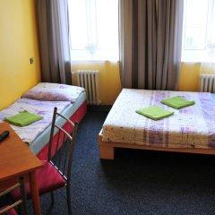Hostel Alia Стандартный номер с различными типами кроватей (общая ванная комната) фото 2