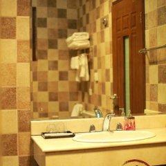 Palace Hotel Forbidden City 3* Номер Делюкс с различными типами кроватей фото 7