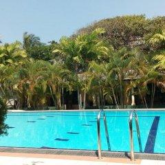 Отель Sagarika Beach Hotel Шри-Ланка, Берувела - отзывы, цены и фото номеров - забронировать отель Sagarika Beach Hotel онлайн бассейн фото 2